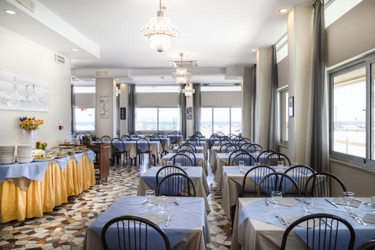 Hotel Haway Rimini - sala da pranzo