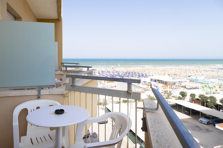 Hotel Haway - Rivazzurra di Rimini - camera d'angolo vista ...